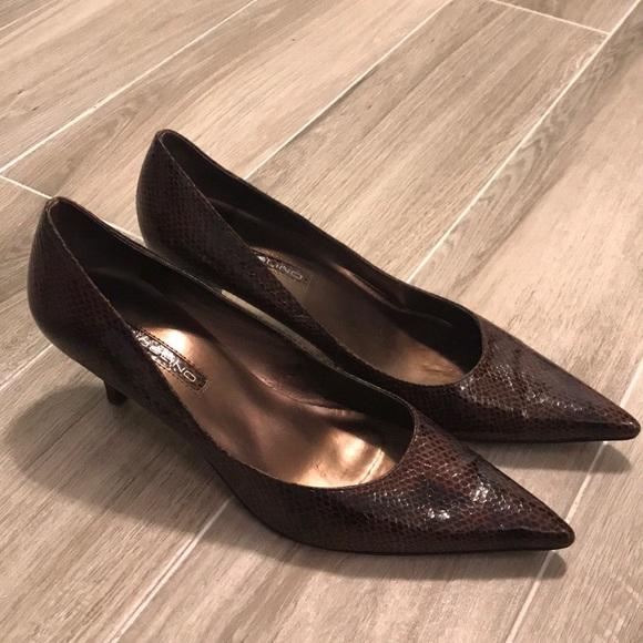 17a672d97b4a4 Bandolino Shoes | Brown Pointed Toe Snakeskin Kitten Heels | Poshmark